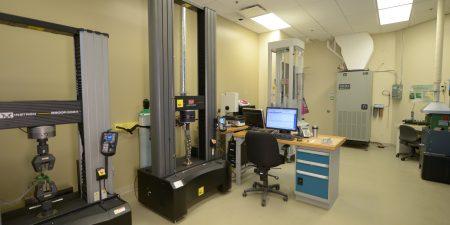 Laboratoire essais de caracterisation