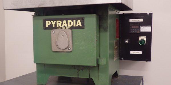 Four à pyrolyse Pyradia (1)